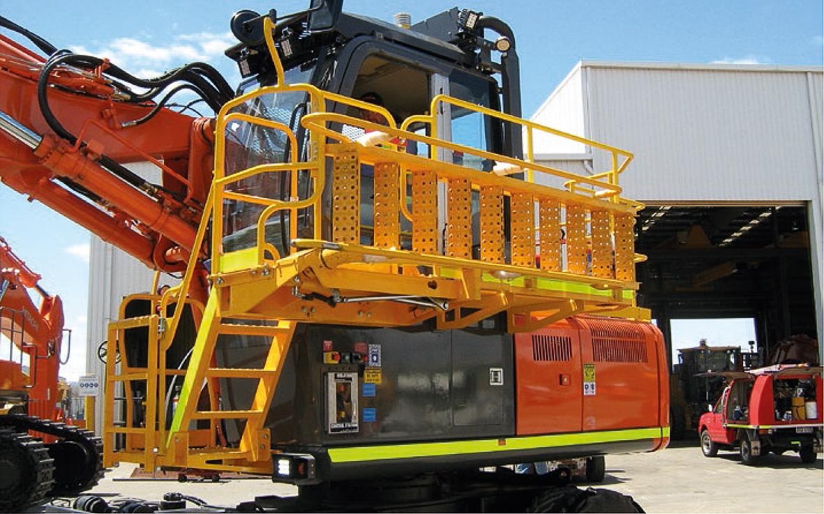 Fig. 3. Good technology is protective - such as this excavator ladder designed in an exemplary manner. Bild 3. Gute Technik schützt – etwa ein solch vorbildlich gestalteter Bagger-Aufstieg. Photo / Foto: BG RCI